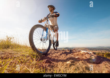 Mountain biker in azione Foto Stock
