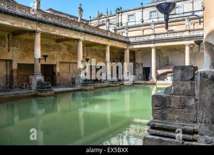 Vasca Da Bagno Grande In Inglese : La grande vasca da bagno di bagni romani complessa un sito di
