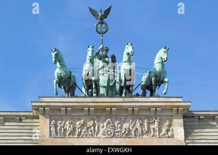 Quadriga sulla Porta di Brandeburgo, Berlino, Germania Foto Stock
