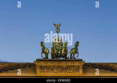 Quadriga, la Porta di Brandeburgo, Berlino, Germania, Europa Foto Stock