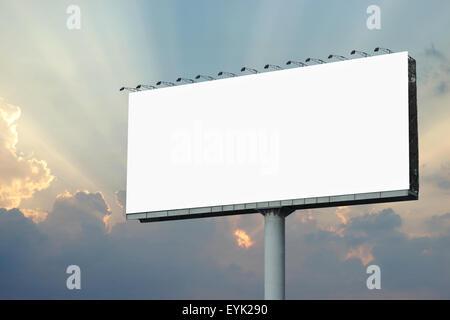 Tabellone vuota per la pubblicità con un bellissimo sfondo sunbeam Foto Stock