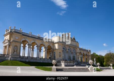 Palazzo di Schonbrunn giardini e Gloriette , Austria Foto Stock