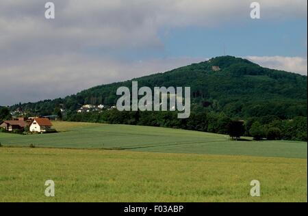 Paesaggio di Siebenbirge Natura Park (Siebenbirge Naturpark), Renania settentrionale-Vestfalia (Germania). Foto Stock