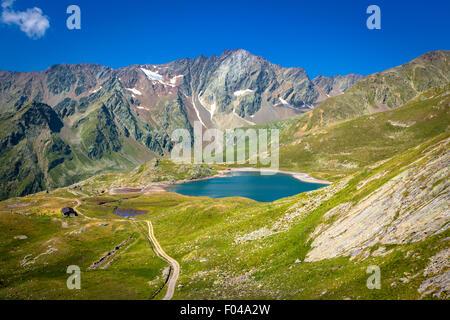 Il Parco Nazionale dello Stelvio e il Passo Gavia, Valfurva, Alpi italia - Lago nero Foto Stock