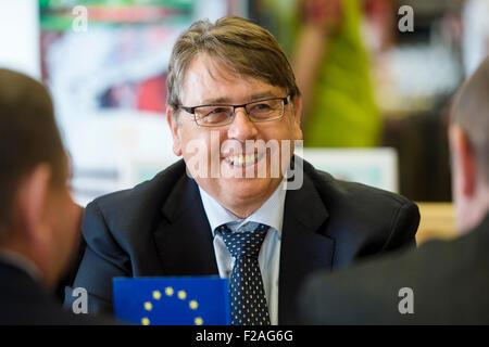 Cerimonie di firma dei documenti di base per il novum gruppo europeo di cooperazione territoriale alla sommità del Foto Stock