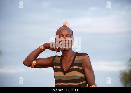 Hamer tribe, Valle dell'Omo, sud Etiopia .Una delle ultime tribù sulla terra con una forte, intatta della cultura Foto Stock