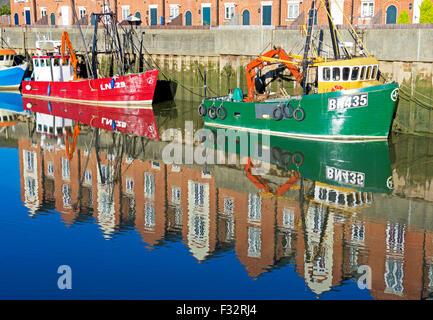 Barche da pesca ormeggiato sul fiume Witham, Boston, Lincolnshire, England Regno Unito Foto Stock