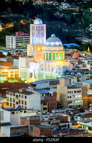 La più grande cattedrale in Ambato Ecuador Foto Stock