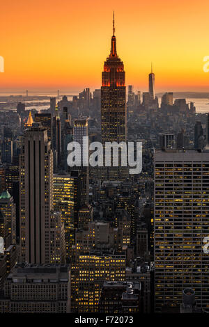 Midtown Manhattan skyline al tramonto, New York, Stati Uniti d'America