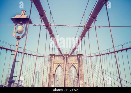 Vintage tonica foto del Ponte di Brooklyn a New York City, Stati Uniti d'America. Foto Stock