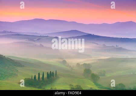 San Quirico d'Orcia, paesaggio toscano, Italia Foto Stock
