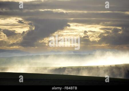 Cielo drammatico su South Downs National Park, Firle REGNO UNITO Foto Stock