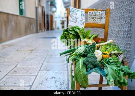 La Credenza Ristorante Bari : Taranto sequestrati in ristorante giapponese nove quintali di