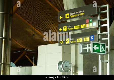 Adolfo Suárez Madrid-barajas Airport. Il terminal 4 area partenze. Madrid. Spagna, Europa