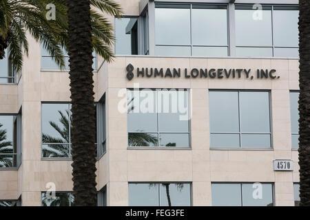 Un logo segno al di fuori della sede della longevità umana, Inc. di San Diego, in California, il 30 gennaio 2016. Foto Stock