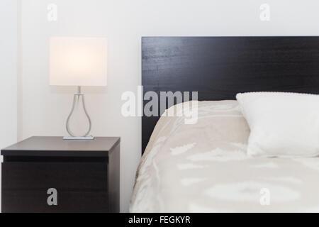 Spacy moderno lusso camera da letto con letto matrimoniale - Camera da letto grande ...