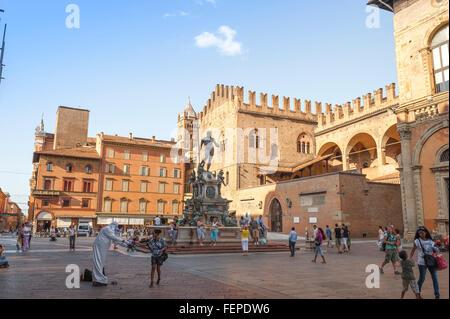 Piazza del Nettuno Bologna, vista la fontana del Nettuno situato in Piazza del Nettuno la città di Bologna, Emilia Romagna, Italia.