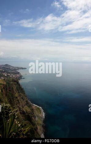 Geografia / viaggi, Portogallo, Madera, Cabo Girao, secondo più alto capo in Europa, Additional-Rights-Clearance Foto Stock