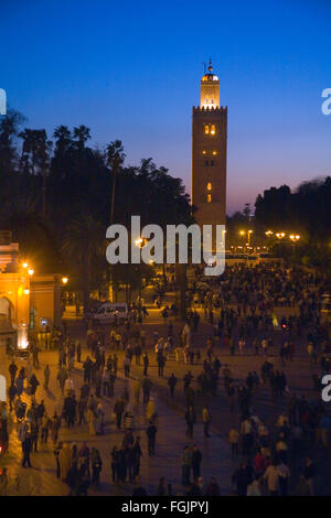 La Moschea di Koutoubia a Piazza Jemaa El Fna a Marrakech, Marocco Foto Stock