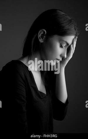 Concetto di depressione - triste teen donna Foto Stock