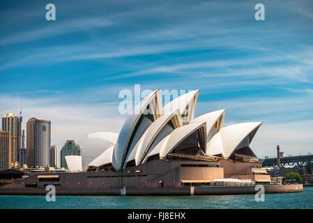 Sydney, Australia - 10 Novembre 2015: La Sydney Opera House è un multi-sede performing arts center Foto Stock