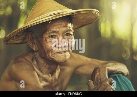 Ritratto di un uomo anziano Foto Stock