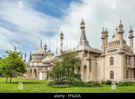 Storico Royal Pavilion in primavera, Brighton. East Sussex, l'Inghilterra del sud. Foto Stock