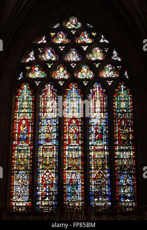 Vetrata nella cappella della Madonna. Cattedrale di Wells. Il Somerset, Inghilterra Foto Stock
