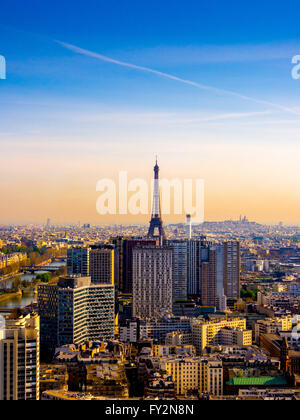 Torre Eiffel, Parigi, Francia, la mattina presto. Foto Stock