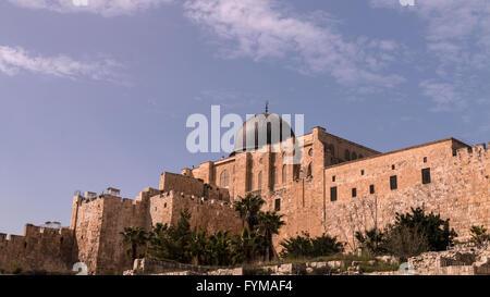 La Moschea di Al-Aqsa sul Monte del Tempio, Interno della Città di Gerusalemme, Israele (da sud) Foto Stock