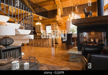 Panchina in ferro battuto e ceppi in legno di noce annunci