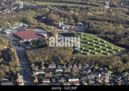 Vista aerea, pannelli solari sulla ex discarica Donnersberg, Bottrop, la zona della Ruhr, Renania del nord-Vestfalia, Foto Stock