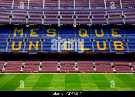 Il Camp Nou, lo stadio di calcio del FC Barcelona. La città di Barcellona, in Catalogna, Spagna Foto Stock