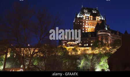 QUEBEC CITY - 24 Maggio 2016: vista del Chateau Frontenac di notte da abbassare di Quebec City. Foto Stock