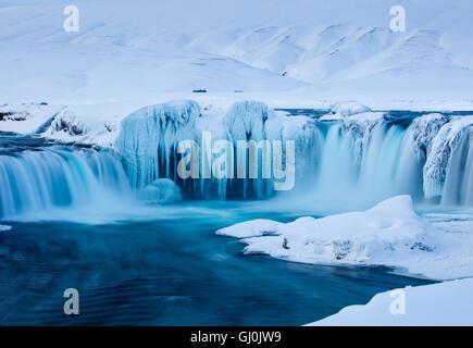 Goðafoss in inverno, Bárðardalur distretto di Nord-centro Islanda Foto Stock
