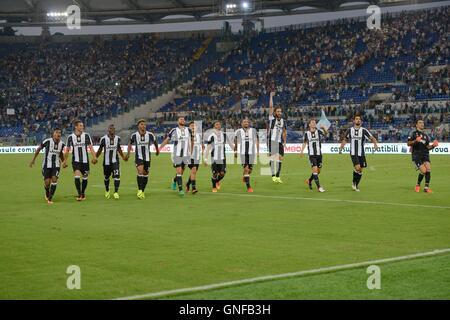 F.C. Giocatori della Juventus celebra durante il campionato italiano di una partita di calcio tra la S.S. Lazio e F.C. La Juventus nello Stadio Olimpico di Roma, il 27 agosto 2016. Foto Stock