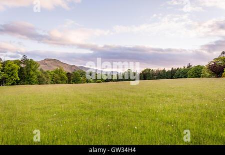 Tramonto sul fells di Ullswater Foto Stock