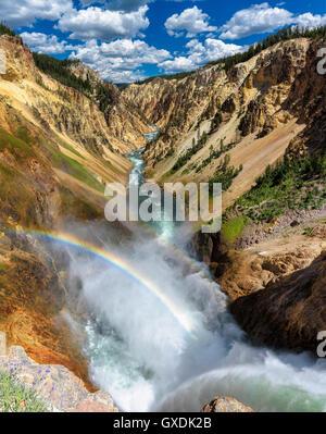 Le cascate Inferiori sul Grand Canyon nel Parco Nazionale di Yellowstone Foto Stock