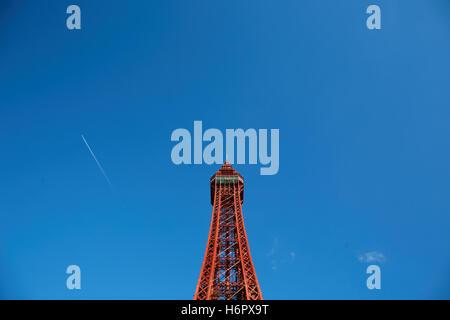 La Blackpool Tower struttura vacanza landmark sea side town resort Lancashire attrazioni turistiche tower copyspace Foto Stock
