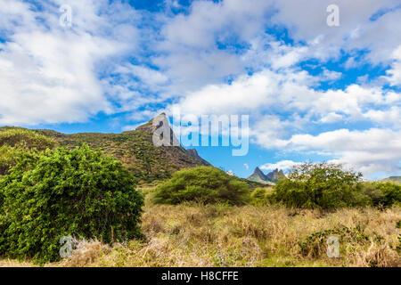 Vette delle montagne du Rempart e Trois Mamelles, Mauritius Foto Stock