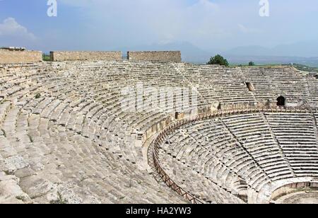 Antico anfiteatro vicino a Pamukkale Hierapolis, Turchia Foto Stock
