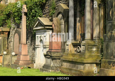 Il vecchio cimitero a Glasgow, Scotland, Regno Unito Foto Stock