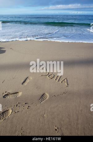 """La parola """"La Jolla' scritto nella sabbia. La Jolla, California. Foto Stock"""