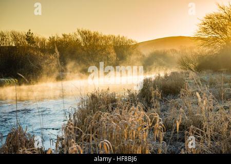 Aberystwyth Wales UK, mercoledì 28 dicembre 2016 UK Meteo: e gelido freddo mattino in Aberystwyth, dopo una chiara Foto Stock