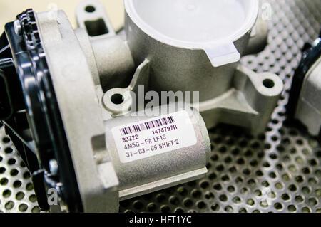 Acceleratore motore scatola di montaggio per Ford Zetec motori (Fiesta, Focus nonché alcuni motori Volvo) su una Foto Stock