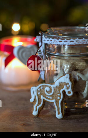 Gingerbread e in casa biscotti di Natale Foto Stock
