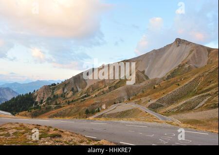 Alpi, Francia, erosione, impostazione sun, agenti atmosferici, montagne, tramonto, larghezza, rock, Foto Stock