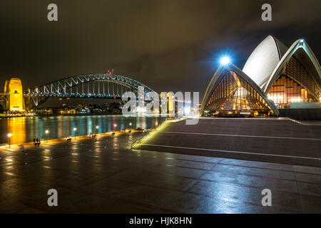 Sydney Opera House di notte Foto Stock