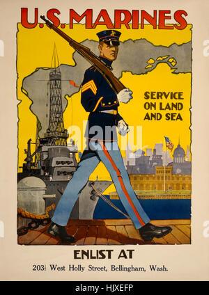 """Il pattugliamento marittimo Dock con nave da guerra in background, 'U.S. Marines, servizio di terra e di mare"""", Foto Stock"""