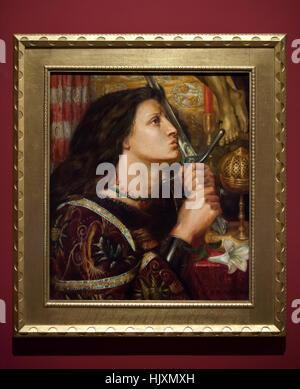 La pittura di Joan Of Arc baciare la spada di Liberazione (1863) dalla lingua inglese Pre-Raphaelite pittore Dante Foto Stock